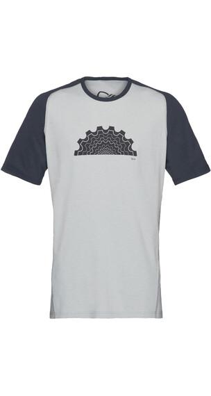 Norrøna Fjørå Equaliser Lightweight T-Shirt Men Caviar/Drizzle